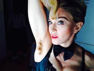 Madonna mit Achselhaaren